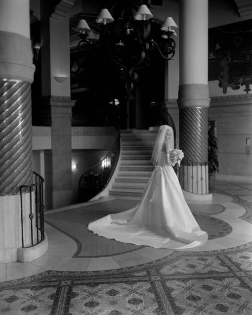 Santa Monica Luxury Hotel, bride in lobby