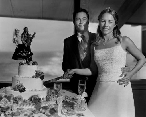 Beach Wedding, Cutting Cake